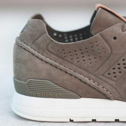 Design Footwear